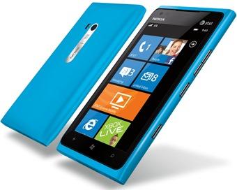 Nokia-Lumia-900-01