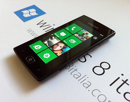 Recensione del Samsung Omnia W GT-I8350 con Windows Phone ...