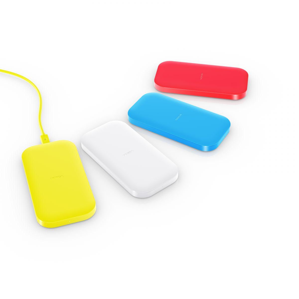 1200-nokia_lumia_1520_nokia_dc_50_wireless-charging-group-shot