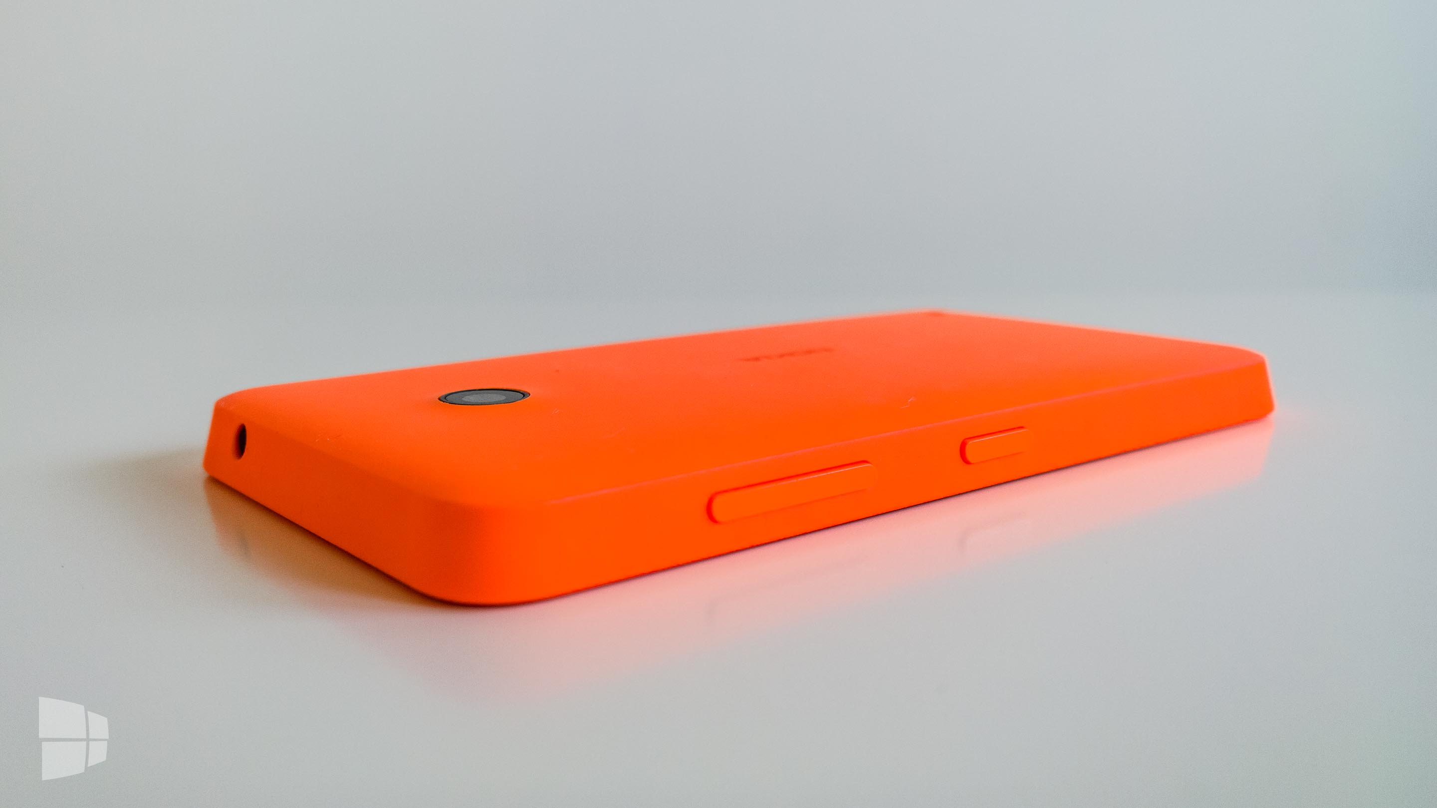 Nokia Lumia 630 Back