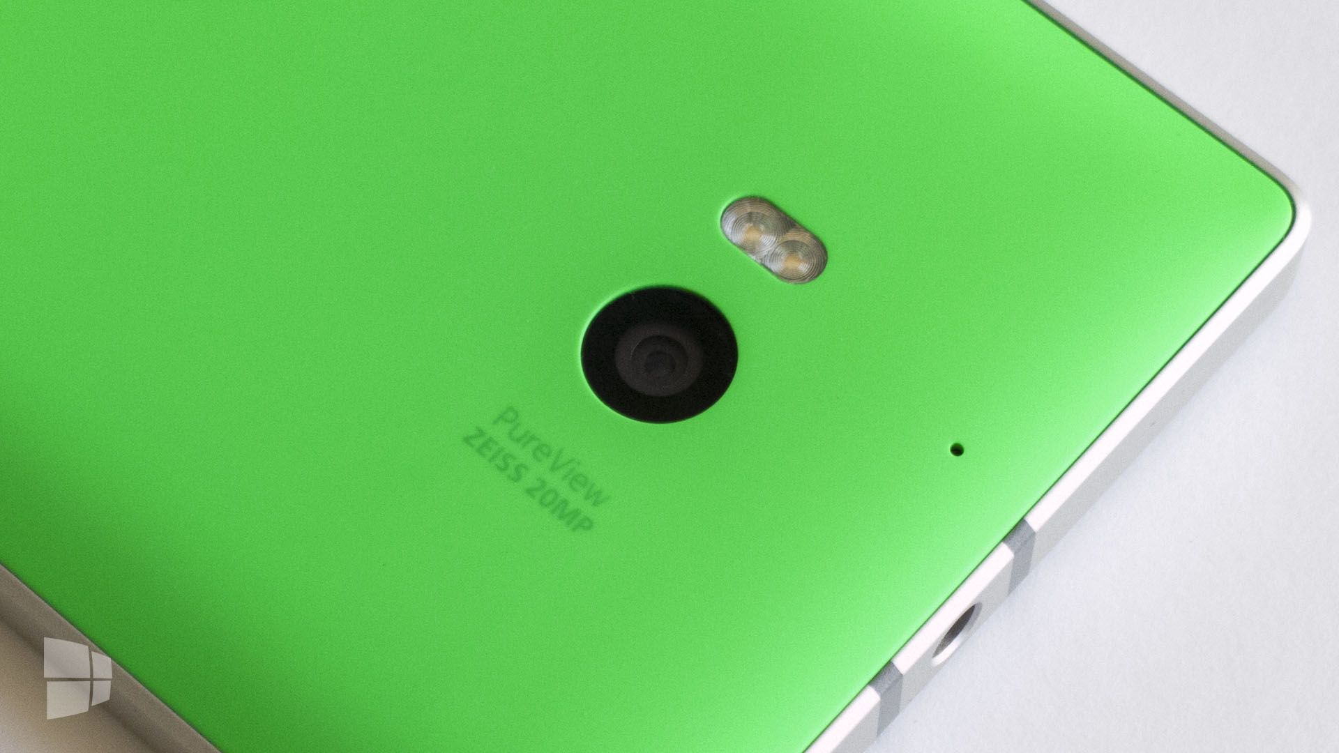 Nokia-Lumia-930-Camera-PureView