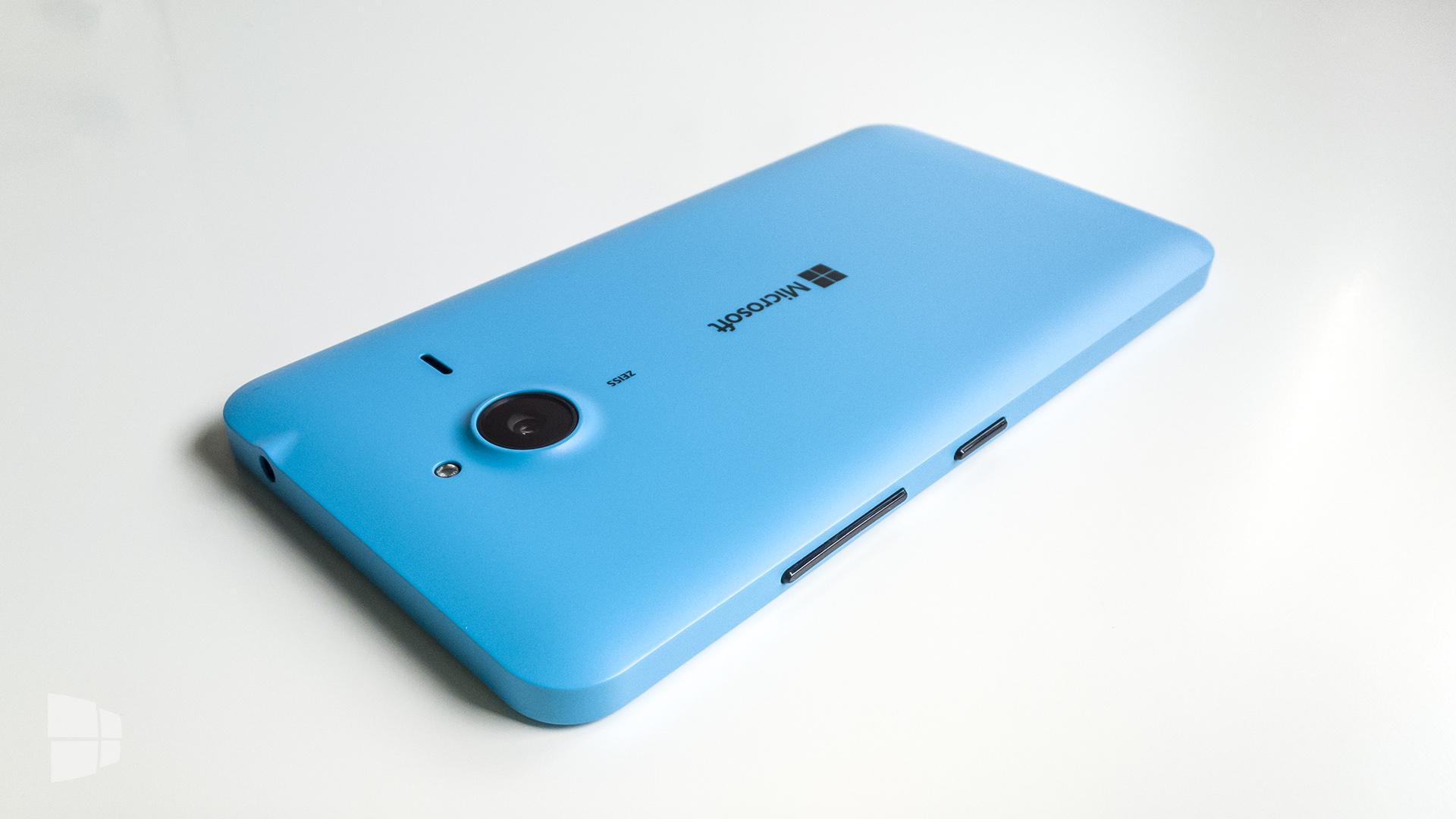 Microsoft Lumia 640 XL (2)