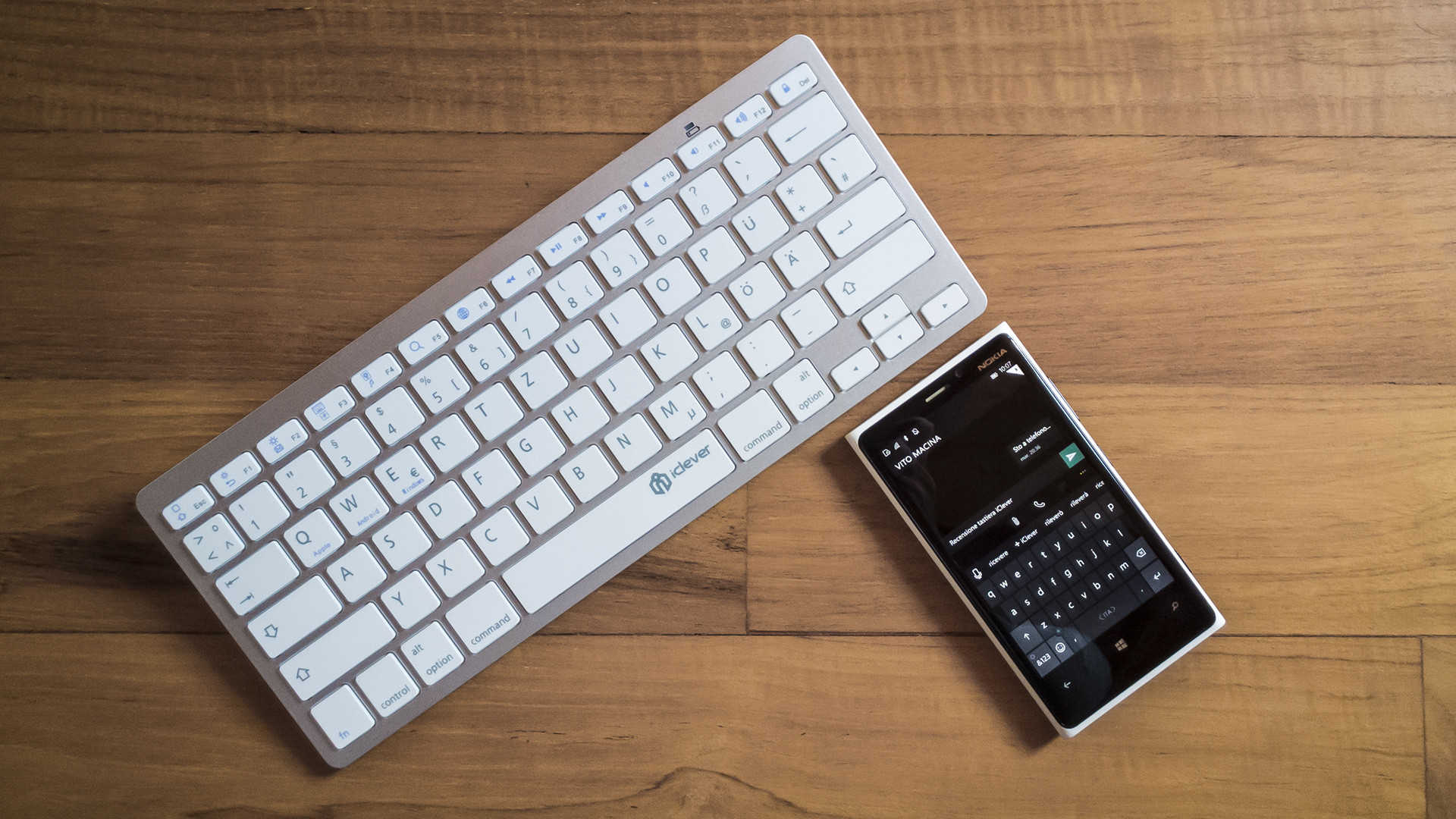 iClever Keyboard Bluetooth