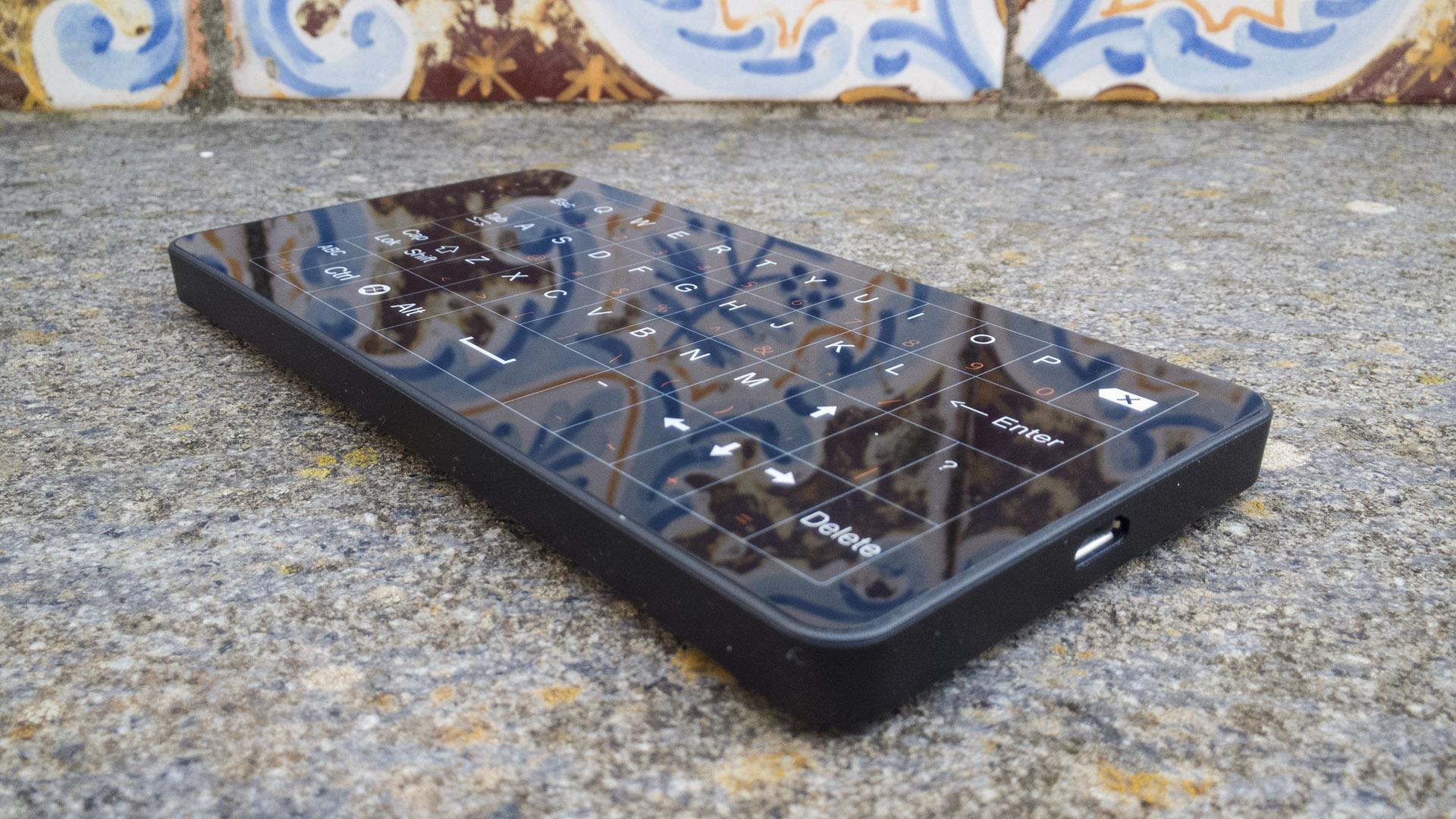 Beelink W8 Touch Keyboard Mouse (4)