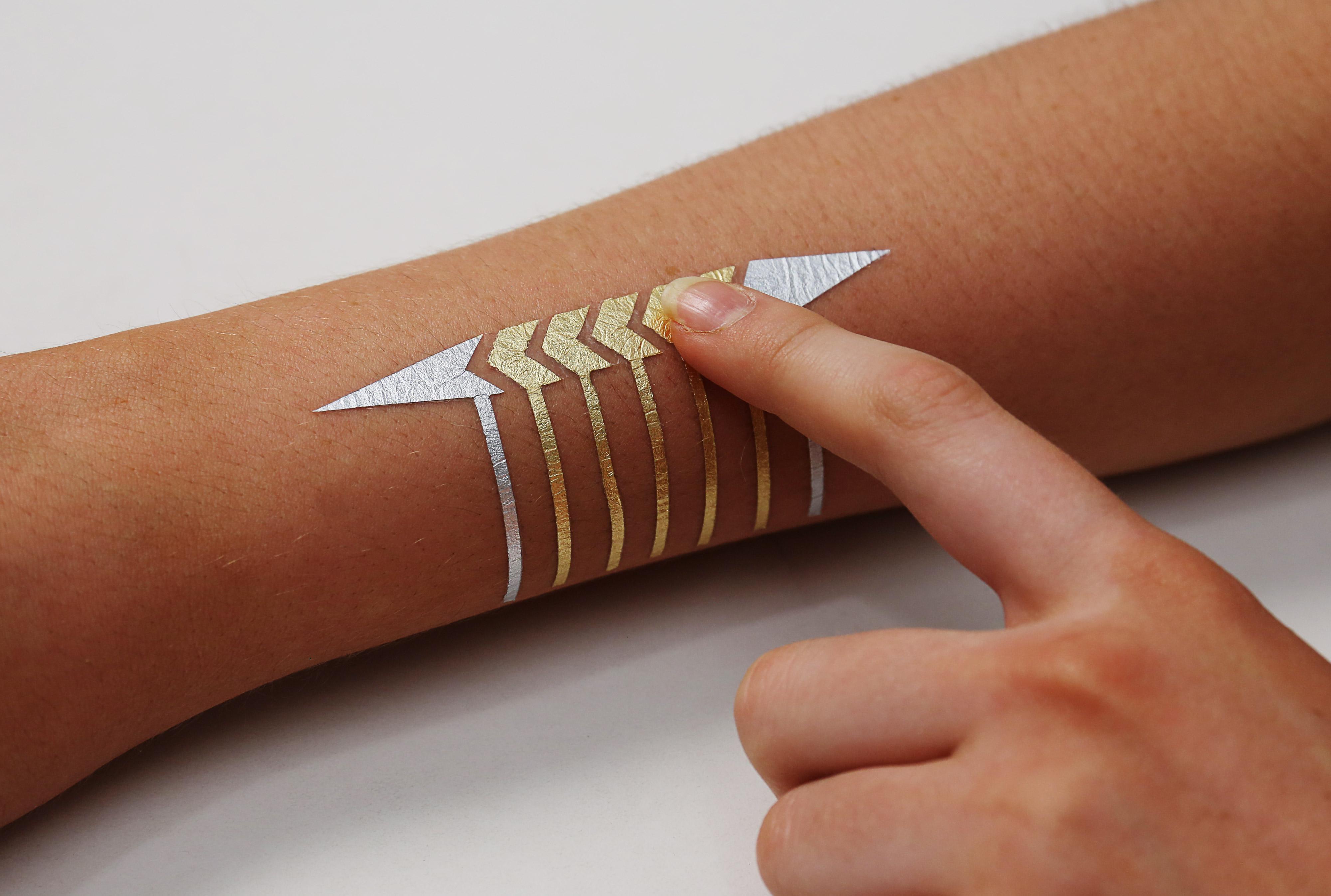 Tatuaggio intelligente sblocco dispositivo