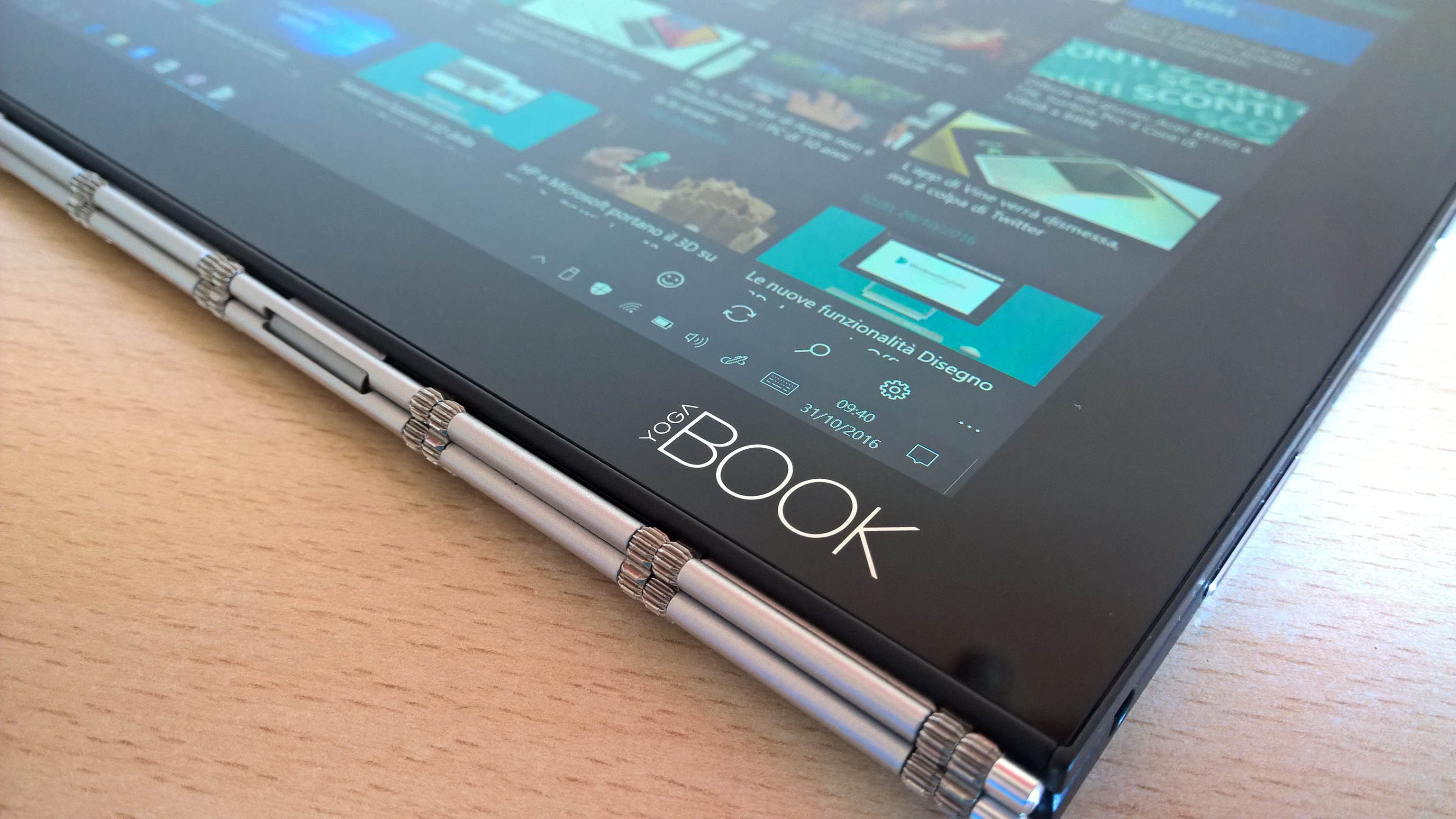 lenovo-yoga-book-display-2