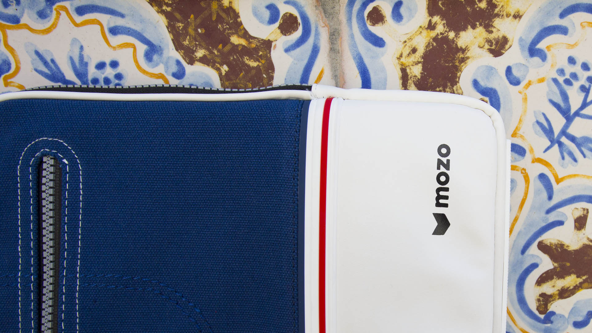 sneaker-mozo-surface-4