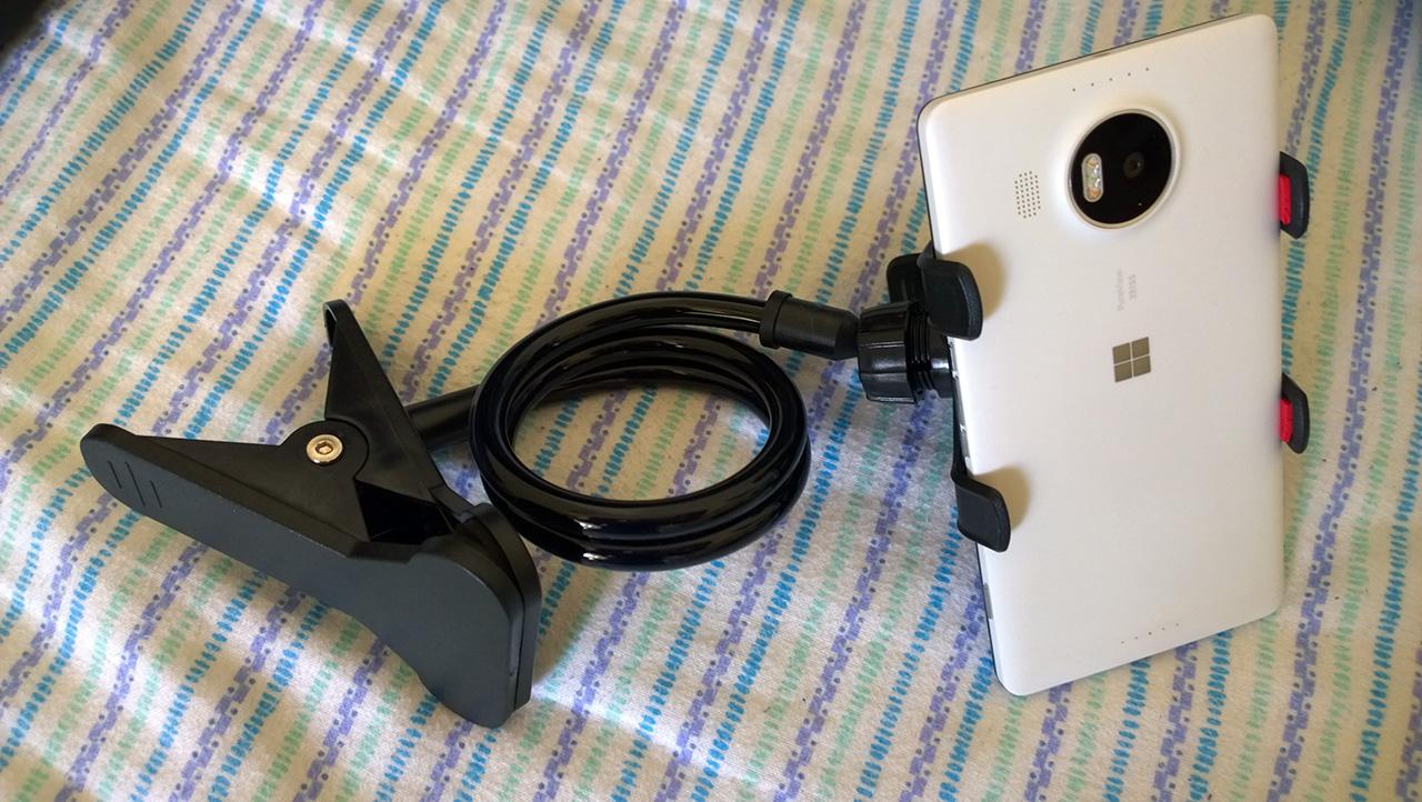 supporto-telefono-universale-a-clip-breett