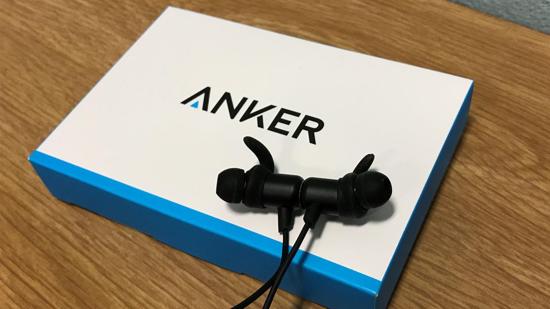 Cuffie Anker con confezione di vendita