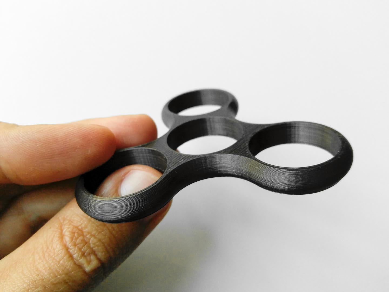Corpo di fidget spinner stampato con Anet A8 e Filoalfa Grafylon