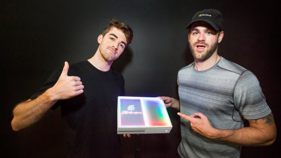 Chainsmokers Microsoft Xbox One S personalizzata gratis giveaway