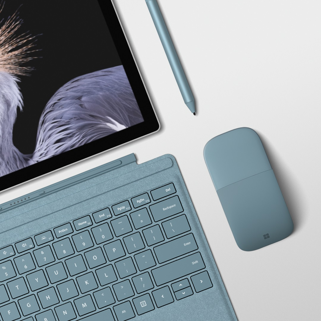 Nuova Type Cover e accessori per Surface si tingono di Aqua