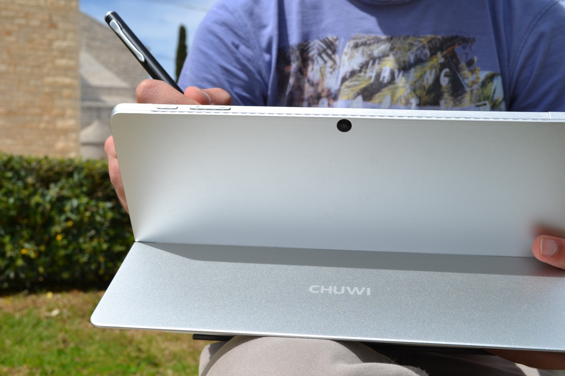 Chuwi SurBook Mini hero