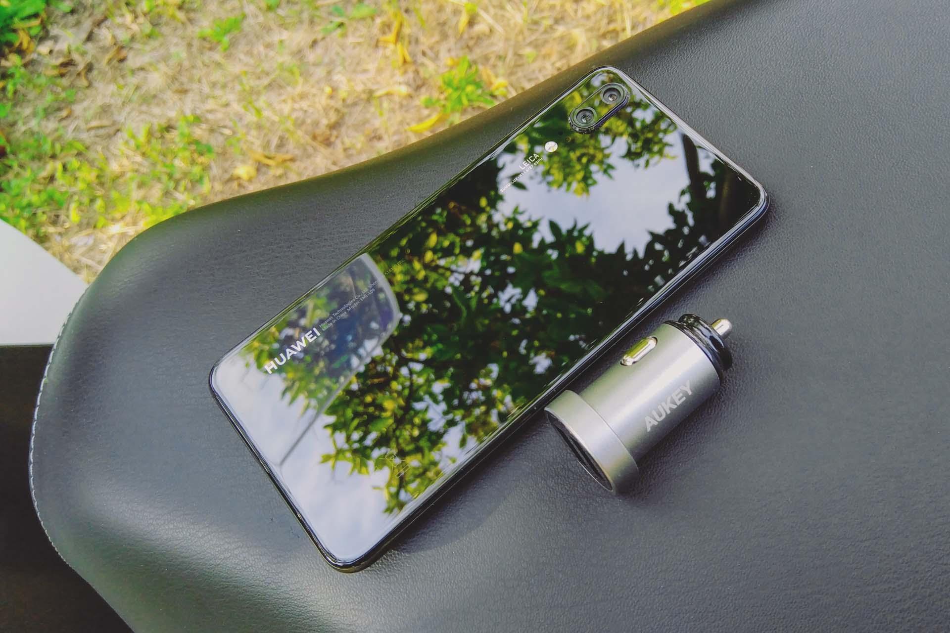 Huawei P20 e caricabatteria Aukey