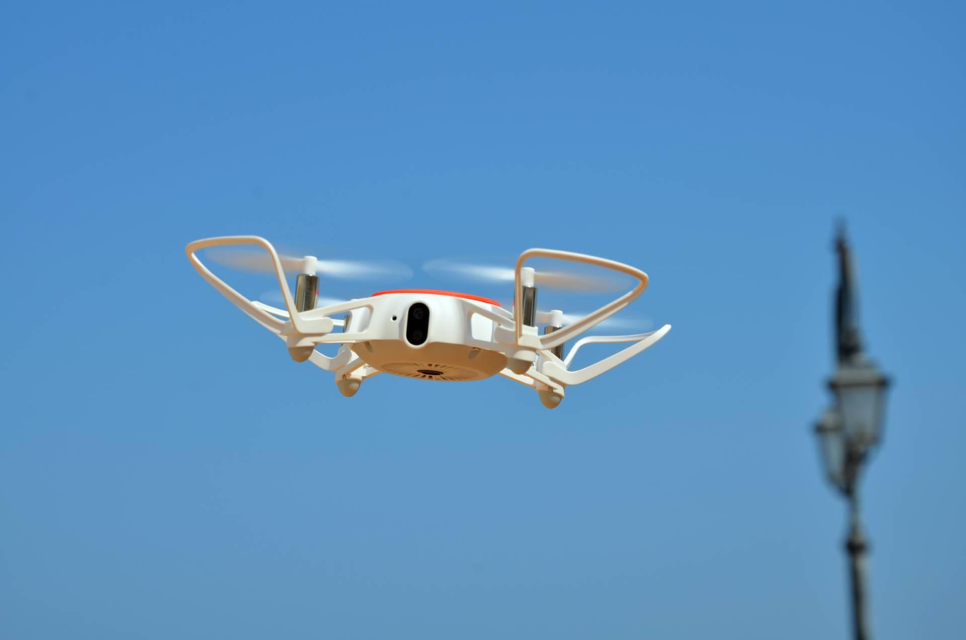Xiaomi Mi Drone Mini hero