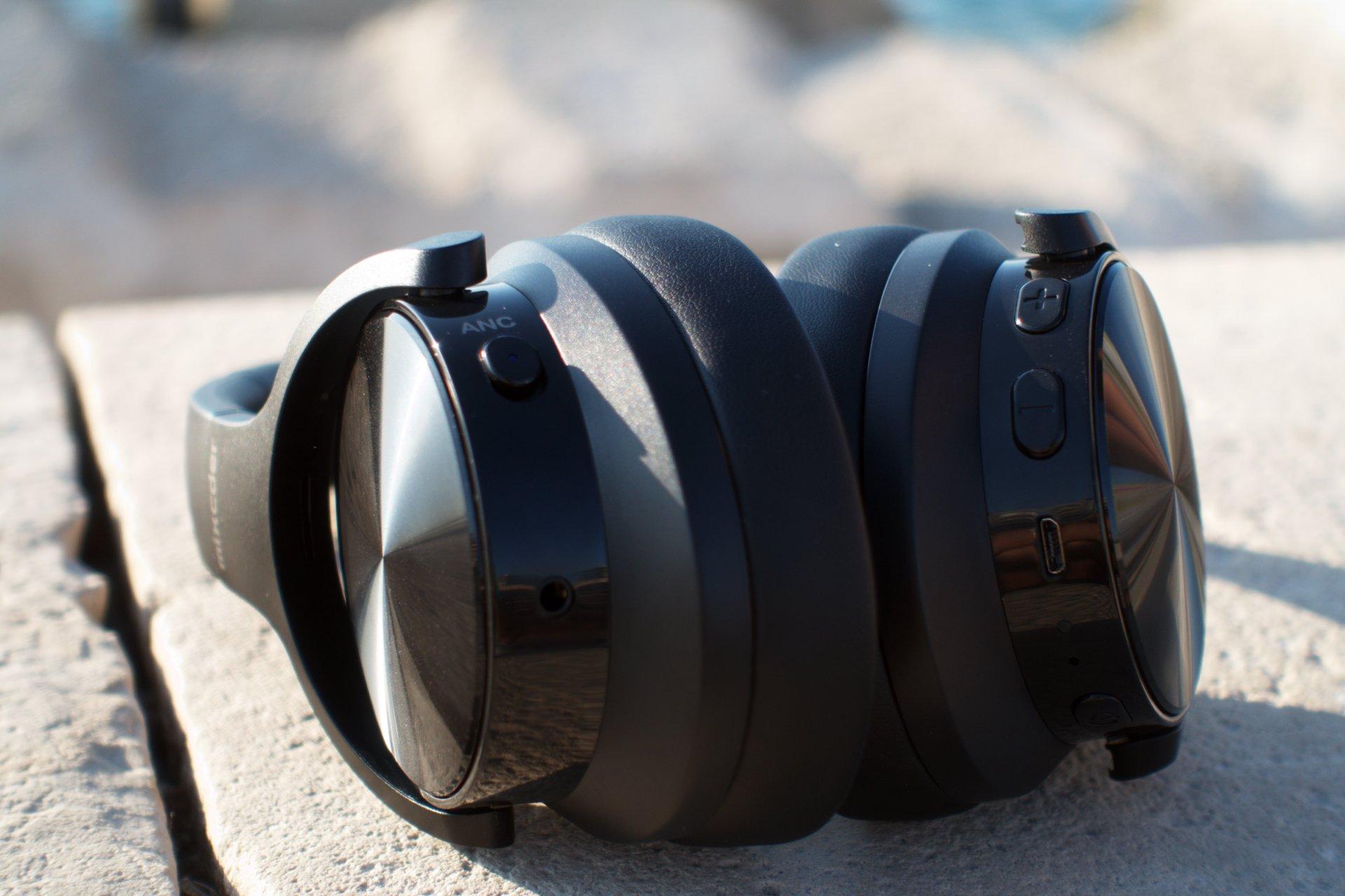 Mixceder E9 design
