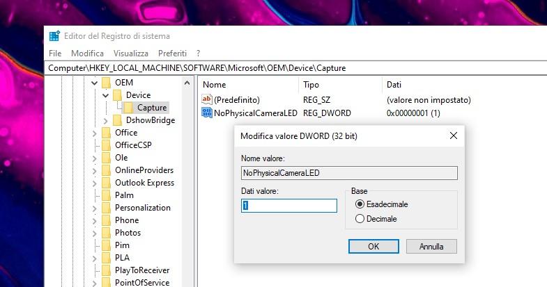 Editor del Registro di sistema - Windows 10 - NoPhysicalCameraLED