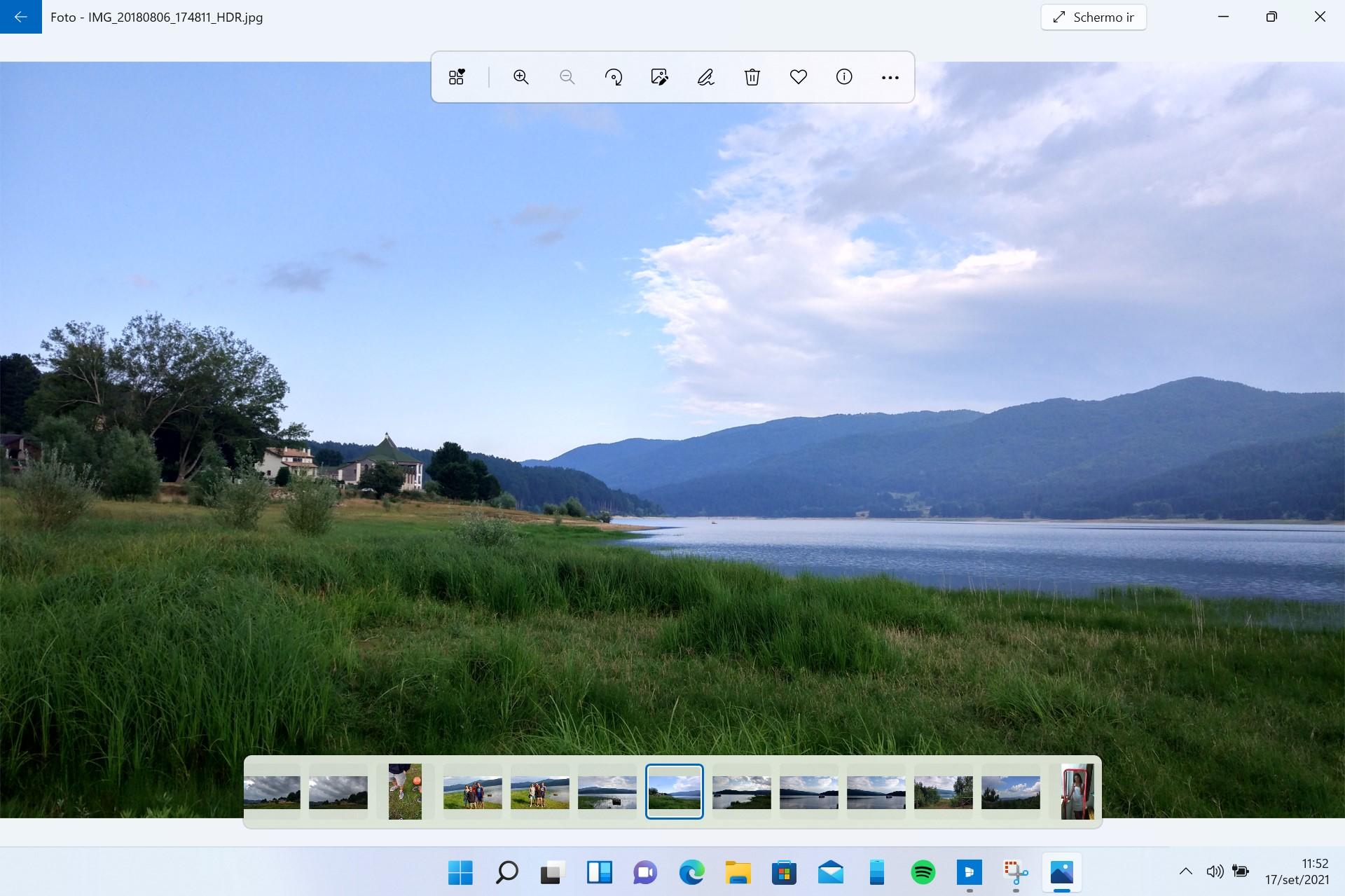 Windows 11 - App Foto - Nuova barra degli strumenti e filmstrip